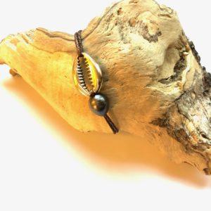 cauri shell bracelet