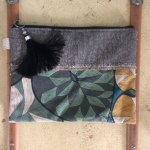 pochette perles and wax